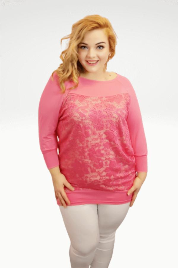 Nagyméretű rózsaszín csipkés molett tunika.